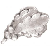 "<a href=""https://homeofheroes.com/medals-and-awards/devices-worn-on-military-ribbons/the-silver-oak-leaf-cluster/"">The Silver Oak Leaf Cluster</a>"